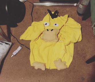 My psyduck hoodie whole